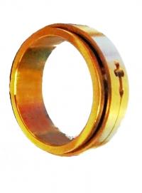 Кольцо мужское с крестом фирмы G by Guess (цвет золото)