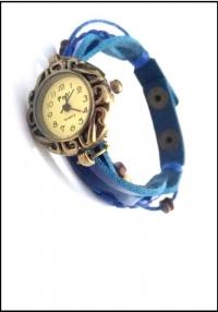 Часы наручные женские с синим плетеным браслетом