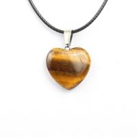 Кулон в виде сердца из природного камня. Тигровый глаз